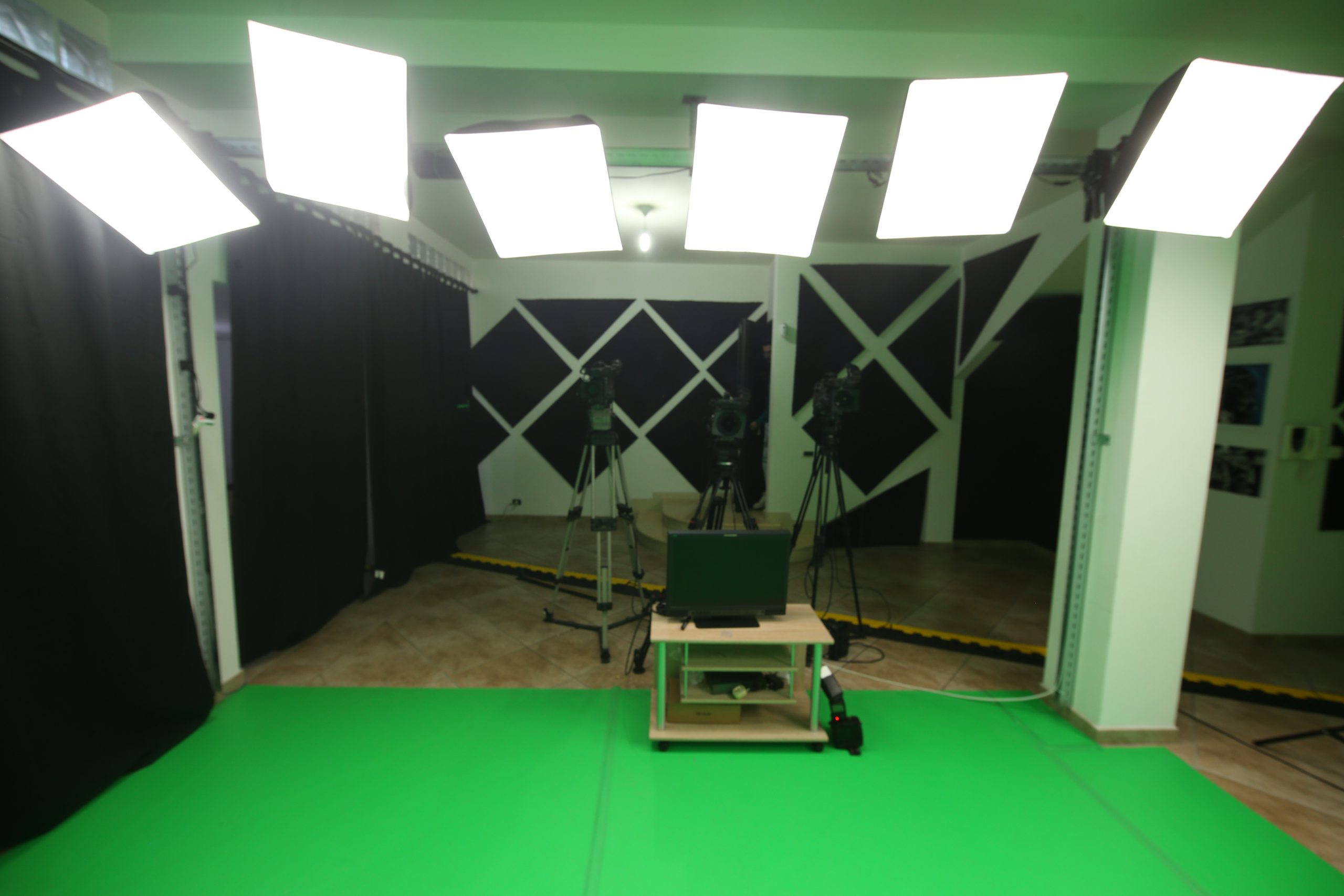 Sala di Posa Green Screen Virtuale a Roma